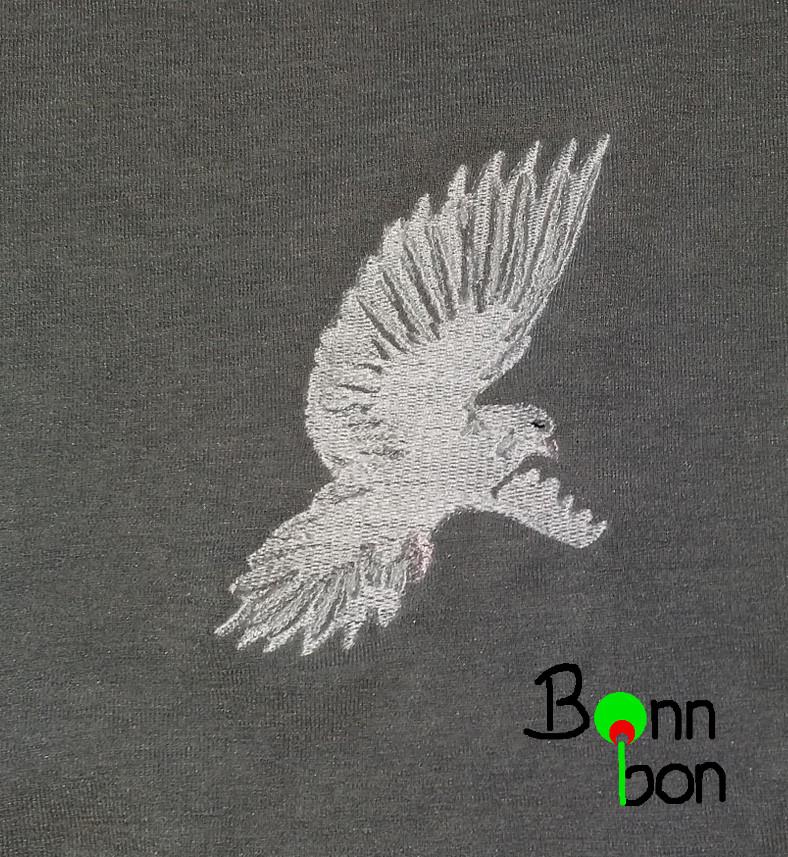 Passend zu den Ärmeln, Stickerei weiße Taube selbst digitalisiert