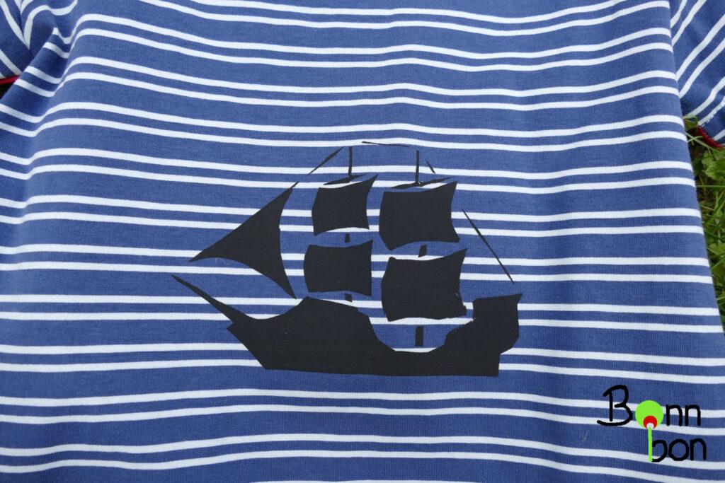 Shirt mit Siebdruck